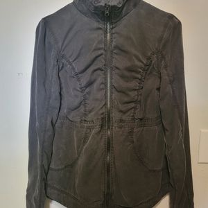 Lululemon Inner Peace Reversible Jacket size 6